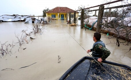 Inundații în Albania