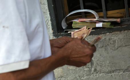 Venezuela va adopta o monedă virtuală, \