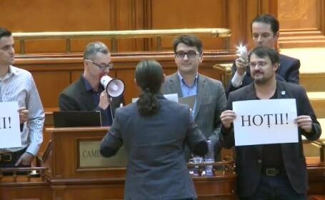 USR in Parlament