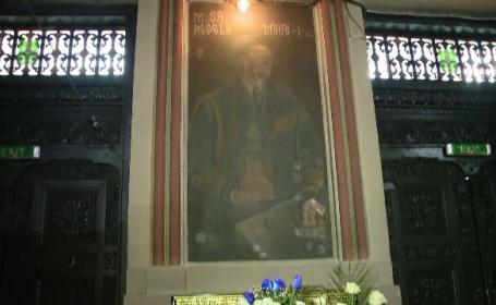 Cum au salvat preoții portretele Regelui Mihai din biserici, în perioada comunistă