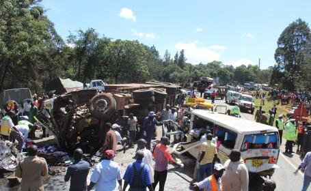 Accident cu peste 30 de morţi în Kenya, provocat de un şofer care fugea de poliţie
