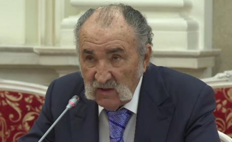 Scandalul arenelor BNR. Ion Țiriac a dat în judecată banca, alături de alți sportivi