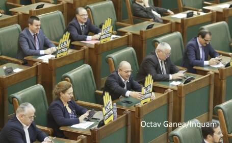 Opoziția sare în ajutorul lui Iohannis, după ce deputații au respins cererea de reexaminare a Legii Referendumului