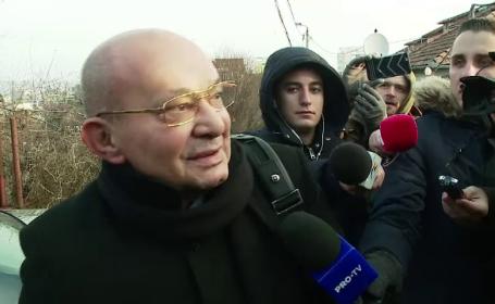 Medicului Mihai Lucan i-ar fi căzut din buzunar 5000 de € chiar în biroul procurorului