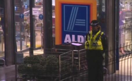 Femeie înjunghiată mortal într-un supermarket. Atacatorul a fost imobilizat de martori