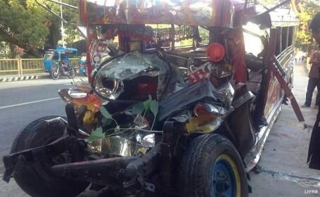 20 de membri ai unei familii au murit într-un accident rutier în drum spre slujba de Crăciun