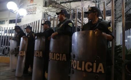 Peste 5.000 de peruani au manifestat pe străzi, în ziua de Crăciun