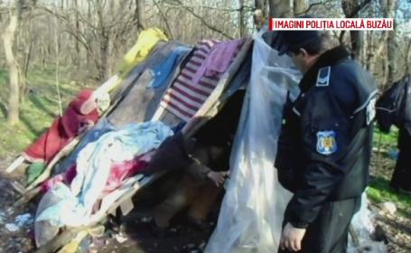 Poliţiştii din Buzău au descoperit două persoane care locuiau într-un cort în pădure. Cum au supravieţuit