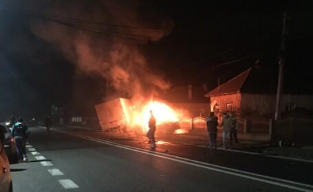 Accident grav în apropiere de Râmnicu Vâlcea.
