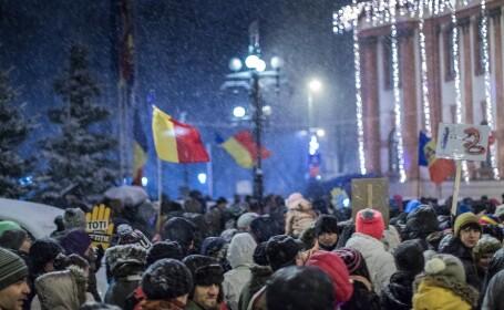 Analiză NY Times despre situaţia din România: \