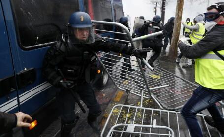 MAE avertizează românii care călătoresc în Franţa: Evitați zonele centrale ale Parisului