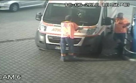 """Scandalul șoferilor de ambulanță. """"Nu îi pot da eu zile de la mine!\"""