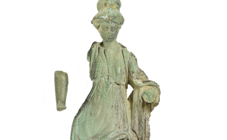 Statuie minerva
