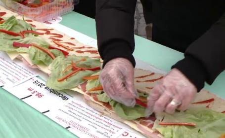 Motivul pentru care timișorenii au pregătit un sendviș de 101 metri lungime