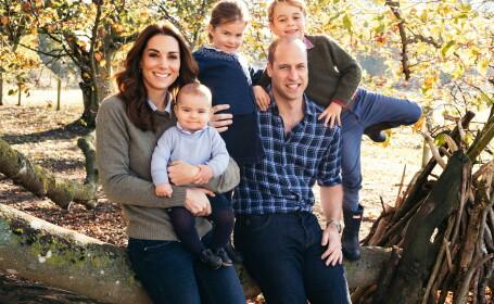 Ducele și ducesa de Cambridge au prezentat felicitările de Crăciun