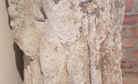 Hercule vechi de mii de ani, găsit în locuinţa unui bărbat din Alba. Ce voia să facă cu el