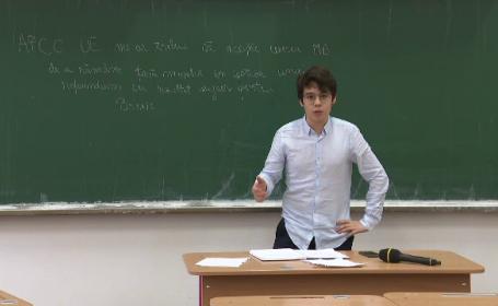 Cursuri de dezbatere pentru liceeni. Ce spune un tânăr despre politicienii români