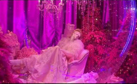 Vitrinele extravagant decorate în perioada Crăciunului, atracţia New York-ului pentru turişti