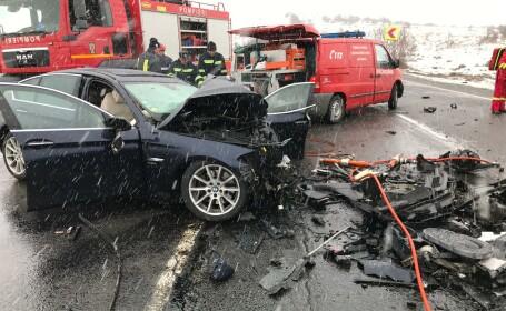 Grav accident în județul Cluj. Un bărbat a murit, iar alte patru persoane sunt rănite
