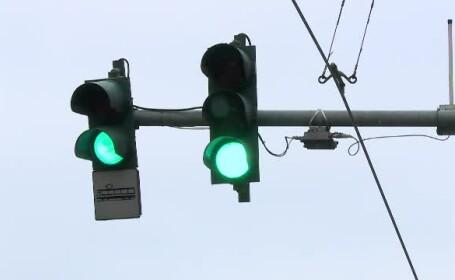 Răsturnare de situaţie în cazul semafoarelor \