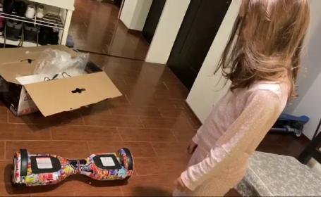 Cadoul neobișnuit a primit de o fată de Moș Nicolae.
