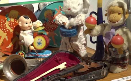 Evoluția în timp a jucăriilor. Cum arătau păpușile acum mai bine de 100 de ani