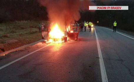 O mașină a luat foc în mers pe DN1, între Brașov și Sibiu. Ce s-a întâmplat cu pasagerii