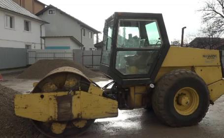 utilaj, tractor, buldozer