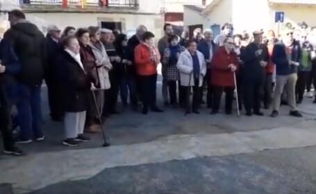 Motivul pentru care locuitorii unui sat din Spania au sărbătorit Anul Nou la prânz. VIDEO