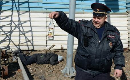 Rușii vaccinați anti-COVID, îndemnați să nu mai consume alcool timp de 56 de zile