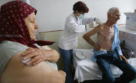 Vaccinarea împotriva COVID-19 în România. Cine are întâietate și cum vor proceda autoritățile