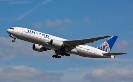 """Un bărbat care """"tremura și transpira"""" a murit în timpul unui zbor, deasupra SUA. Autoritățile îi caută pe ceilalți călători"""