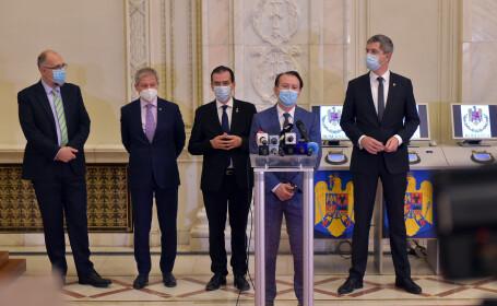 Pensiile din România nu mai cresc în acest an. Coaliția de guvernare PNL-USR-UDMR a decis