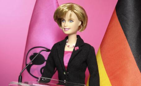 papusa Angela Merkel