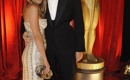 Jennifer Aniston si John Mayer