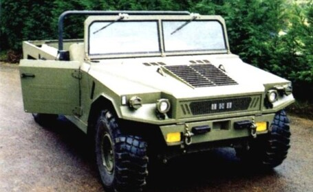 Masini noi pentru militarii romani din Kosovo!