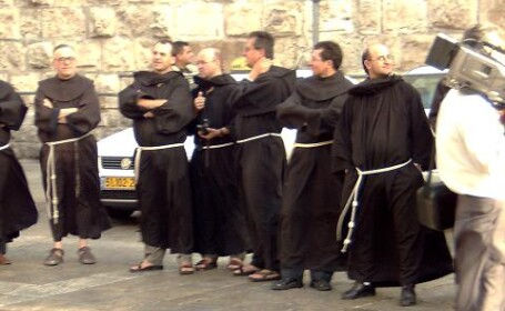 Calugari franciscani