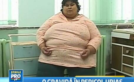 Femeia de 240 de kg care a nascut o fetita a ajuns in sfarsit acasa