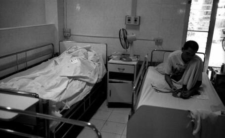 In Romania traiesc peste 11.000 de persoane purtatoare ale virusului care provoaca SIDA