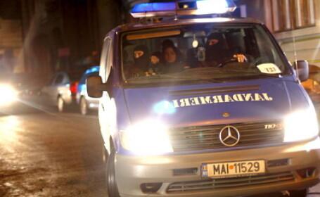 Arges: 32 de persoane arestate pentru evaziune fiscala si trafic de tigari