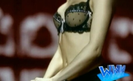 Kylie Minogue, reclama sexy