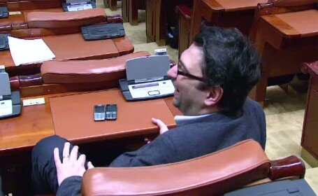 Veselie Parlament