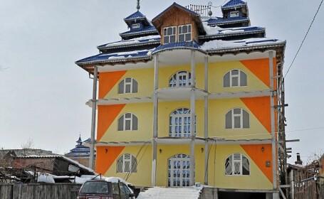 vila de tigani 4