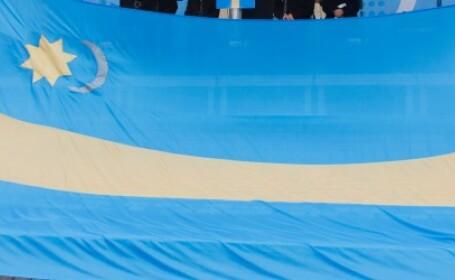 Prefectul de Covasna a somat noua primarii sa indeparteze steagul secuiesc