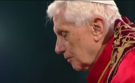 Demisia neasteptata a Papei a fortat Vaticanul sa raspunda la o multime de intrebari neobisnuite