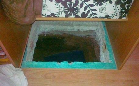 S-a ascuns in casa intr-o groapa de 2 metri ca sa scape de politie: ce l-a dat de gol