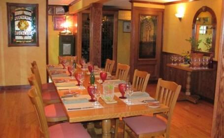 Cel mai exclusivist restaurant din Statele Unite se afla in subsolul unei case. Clientii trebuie sa astepte si cinci ani