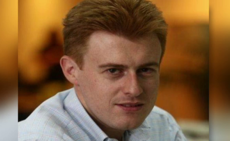 Jurnalistul Andrei Postelnicu, fost corespondent PRO TV, dat disparut, dupa ce avionul pe care il pilota s-a prabusit