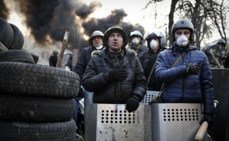 Razboi civil in Ucraina. Imaginile infioratoare a luptelor de strada din Kiev au atras simpatia comunitatii internationale