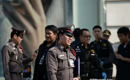 Momente de panica in capitala Thailandei. Doua bombe au explodat la intrarea unui mall aglomerat